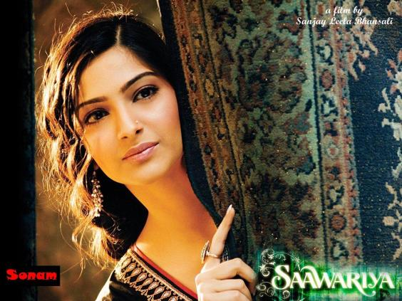 http://sachiniti.files.wordpress.com/2007/11/sonam-kapoor-wallpaper-48446-5641.jpg hspace5